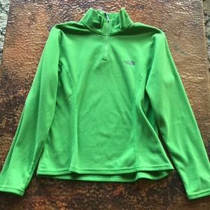 {The North Face} Green Pullover Jacket. Size M.